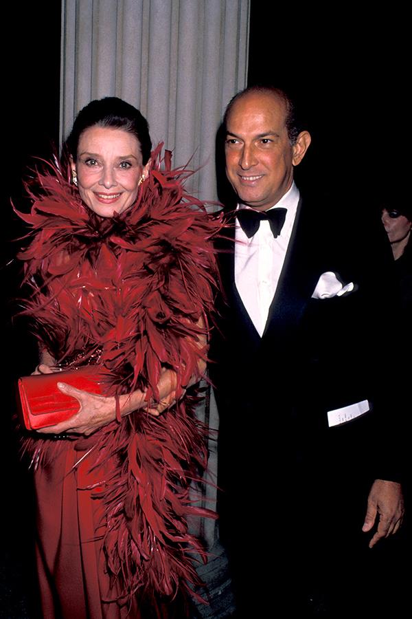 Oscar de la Renta y Audrey Hepburn Foto_Getty Images