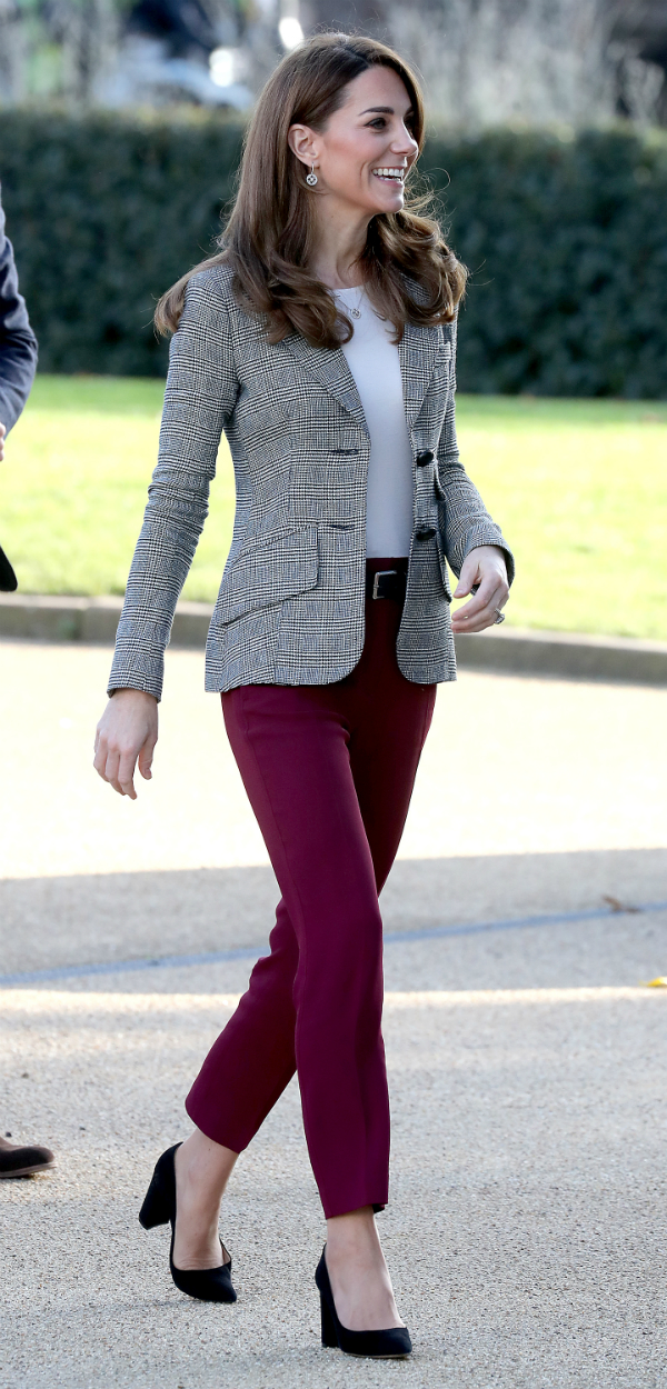 Kate Middleton, looks de oficina.