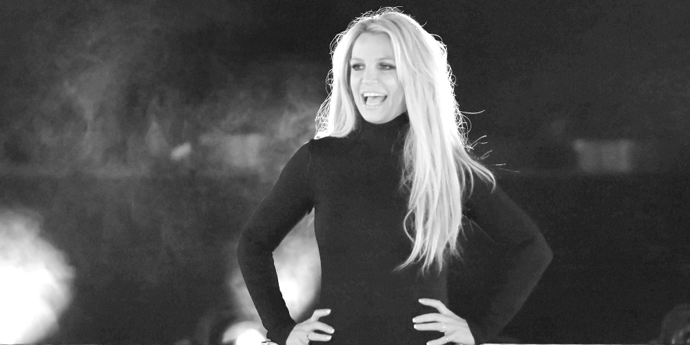 Cirugía plástica, operaciones estéticas, retoques, El polémico mensaje de unidad de Britney Spears