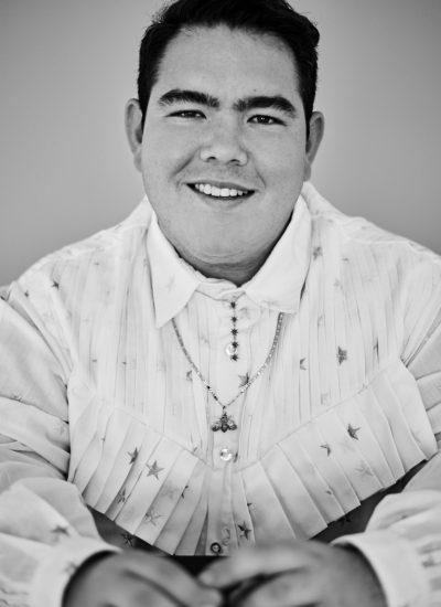 carlos pineda, diseñador mexicano, diseñador de moda, moda nacional, moda mexicana, consumo local,