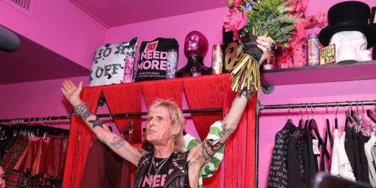 jimmy webb, diseñador de moda, moda punk, moda rock, rock, punk, Porqué llora la moda y el rock la muerte de Jimmy Webb