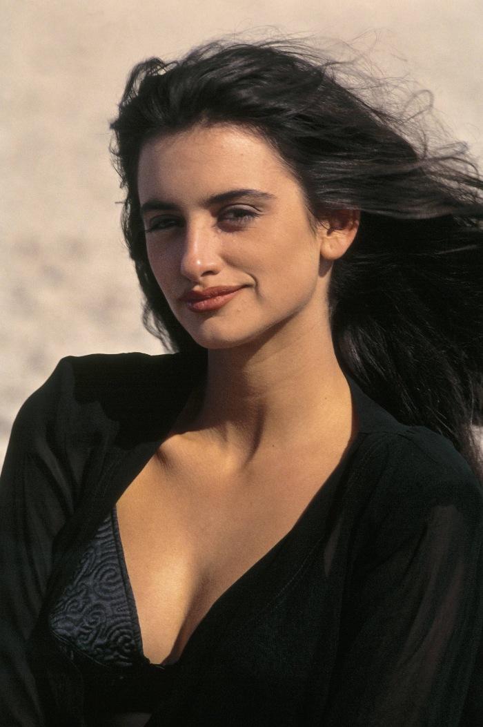 penélope cruz, actriz española, claves de estilo, secretos de belleza, rutina de maquillaje