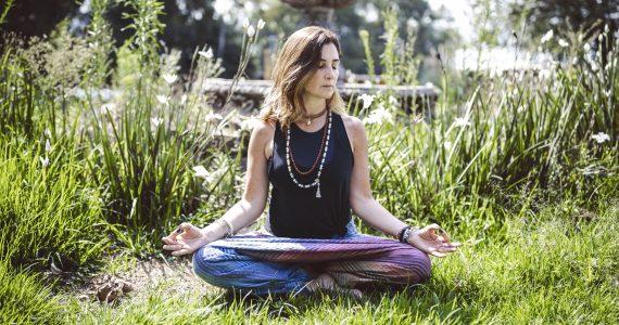 Yoga nueva normalidad Ale Quintero