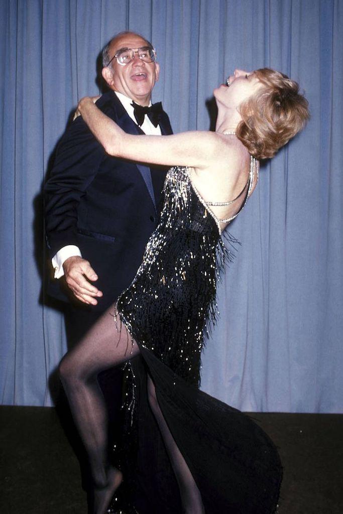 Ed Asner y Shirley McLaine