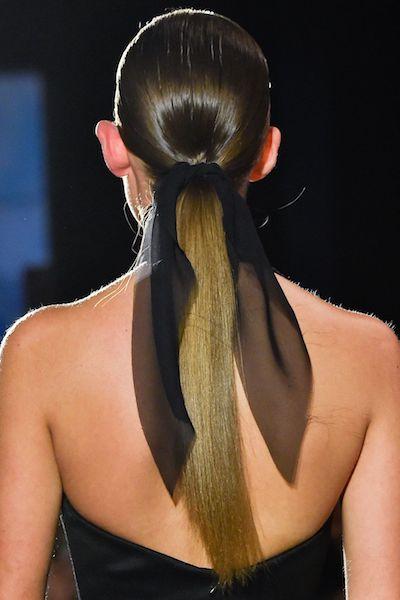 Peinados Otoño 2020 brandon Maxwell
