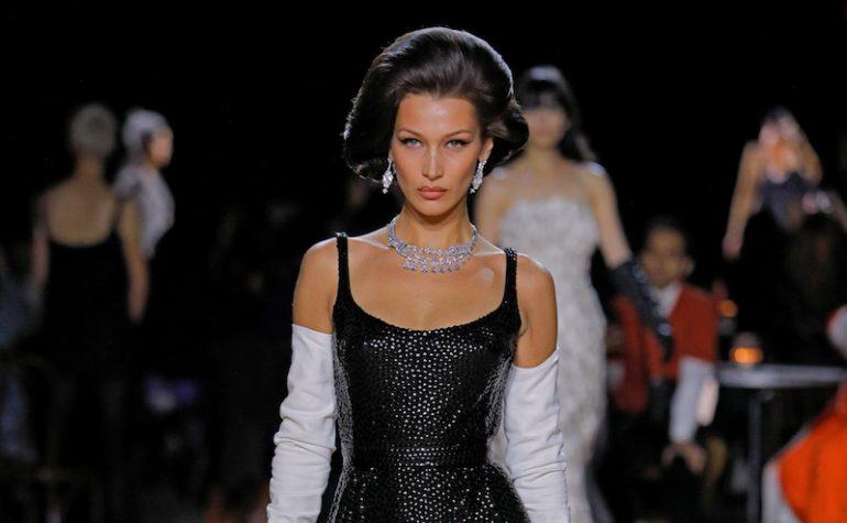 Bella Hadid Tendencias de Maquillaje otoño 2020 Marc Jacobs