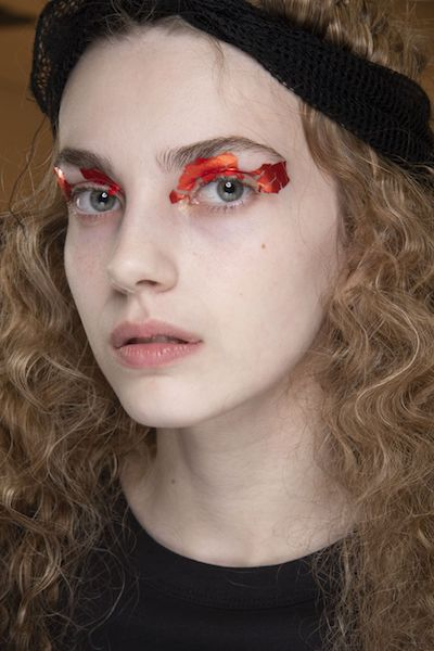 Tendencias de maquillaje otoño 2020 aplicaciones
