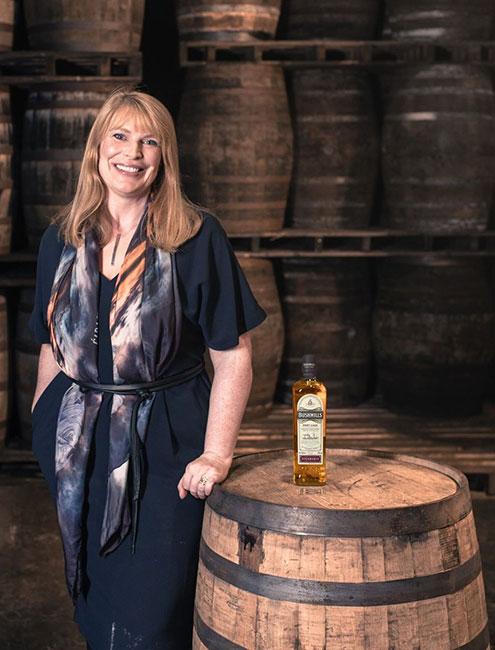 Las grandes mujeres del whisky - Hellen Mullholland