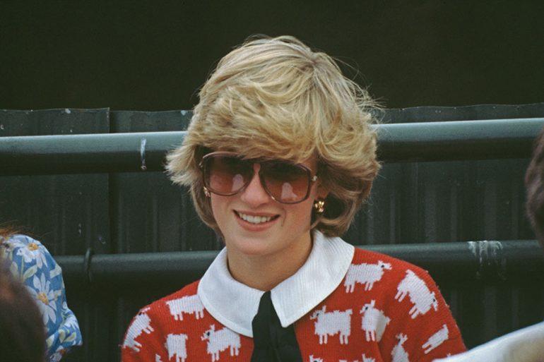 ¡A vestir como Diana! Lanzan copia de suéteres icónicos de la princesa