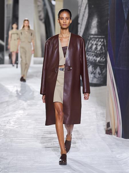 Hermès Primavera Verano 2021 abrigo