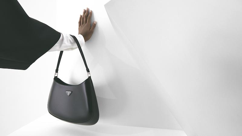 Cómo hacer un armario minimalista bag
