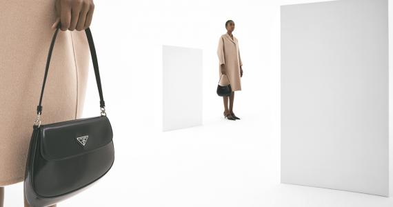 Cómo hacer un armario minimalista Hearst