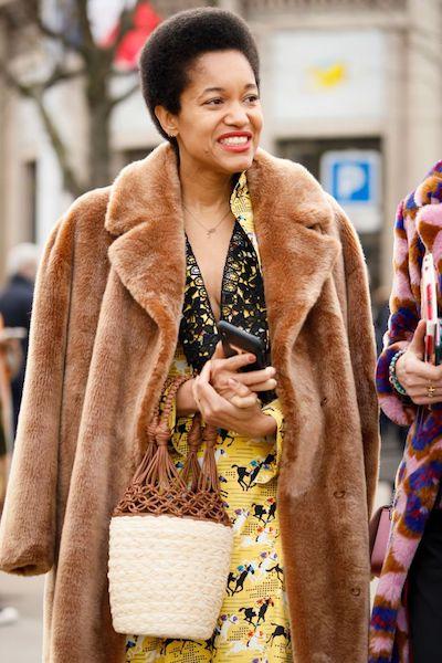 Cómo usar abrigos de fur 2020 2021 color