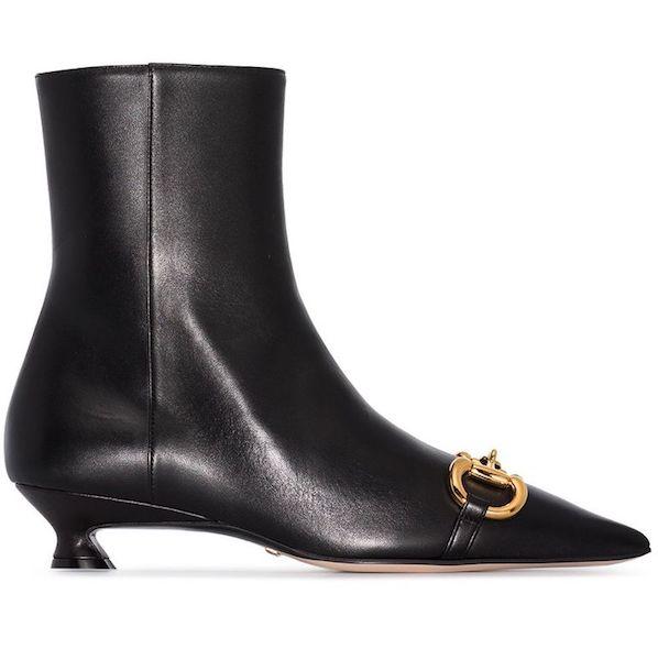 Cómo usar botas kitten heel Gucci