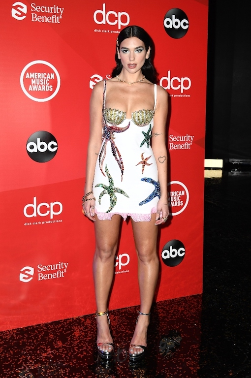 Los mejores looks de los American Music Awards 2020 Dua Lipa