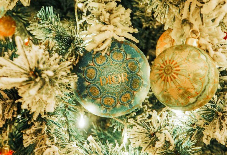 árbol de navidad dior rusia