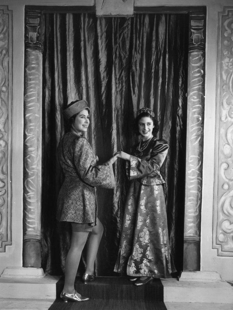 fotos de navidad de la realeza margaret y elizabeth