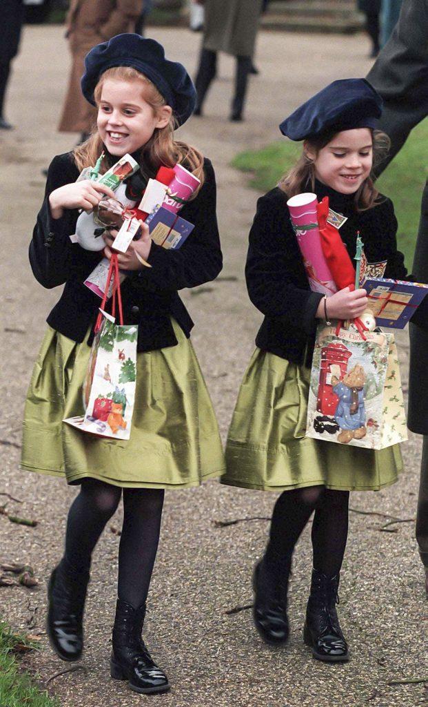 fotos de navidad de la realeza beatriz y eugenia niñas