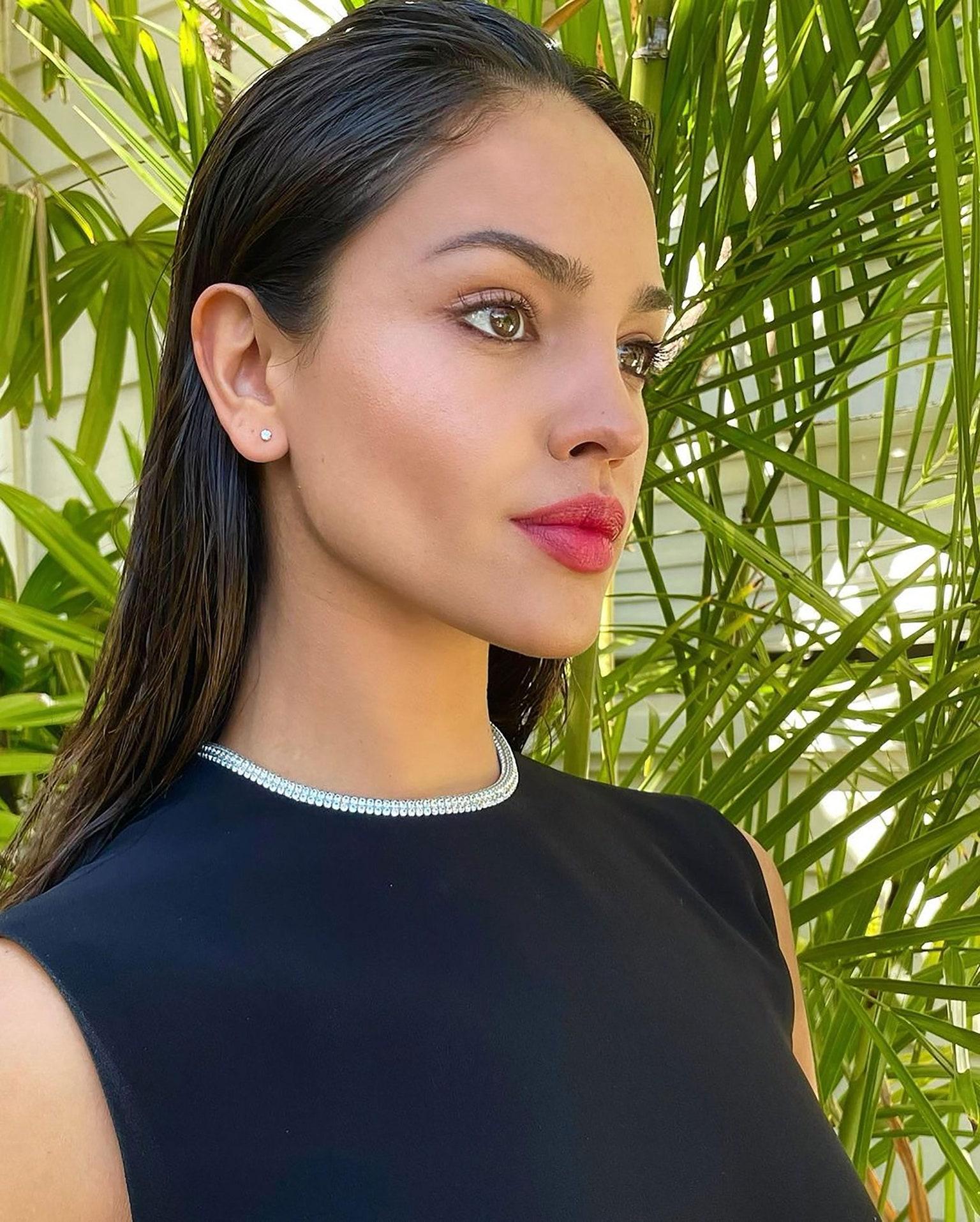 Looks de los Golden Globes Eiza González