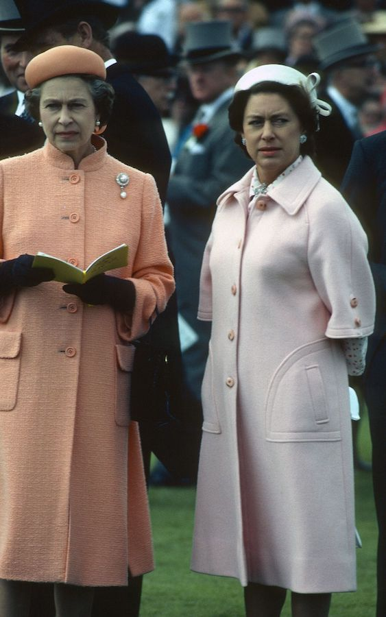 Isabel II Princesa Margarita coats