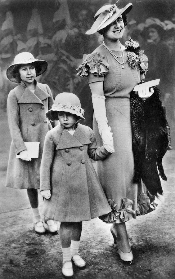 Isabel II Princesa Margarita niñas