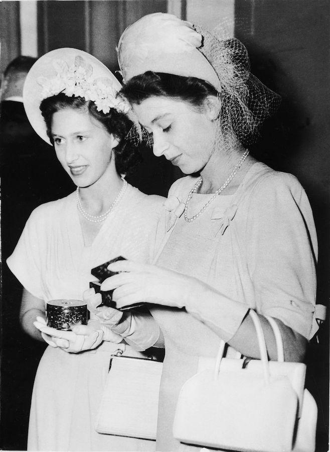 Isabel II Princesa Margarita vestidos