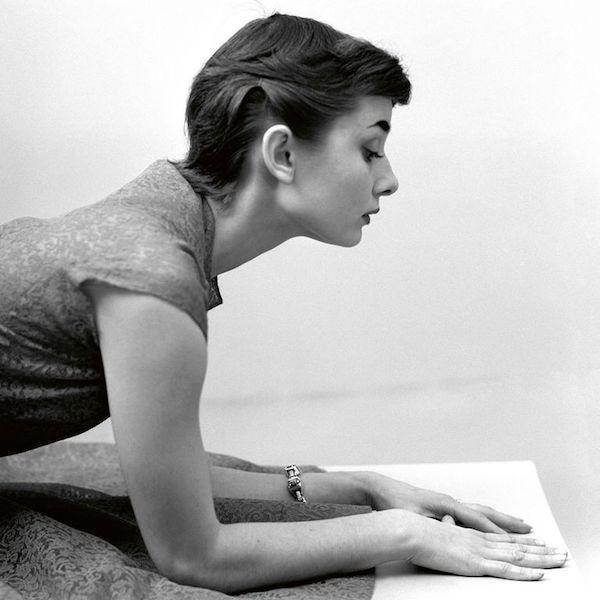 Audrey Hepburn fotos manos