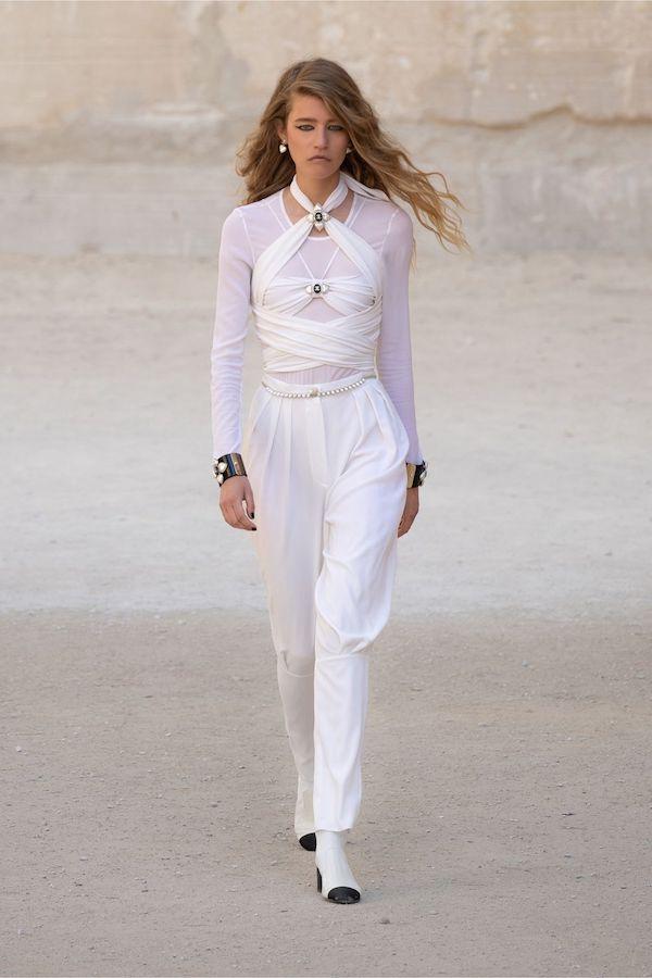 Chanel Colección Crucero 2021 2022 blanco