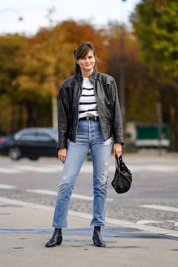 Cómo usar jeans 90s rotos