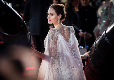 Angelina Jolie Looks