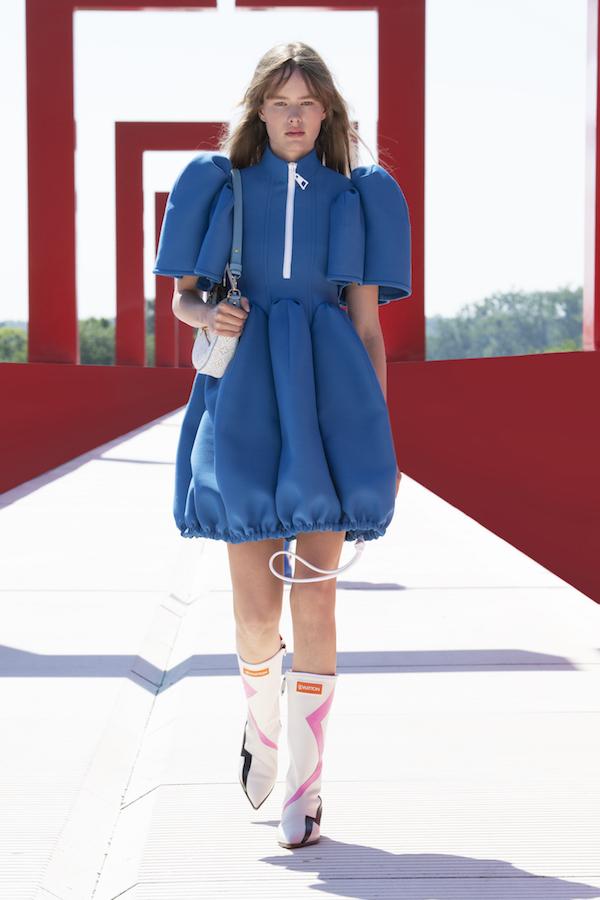 Louis Vuitton Cruise 2022 azul