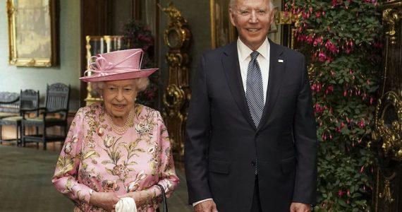 Reina Isabel II Joe Biden