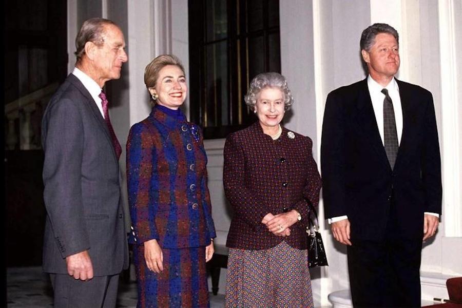 Reina Isabel II Clinton