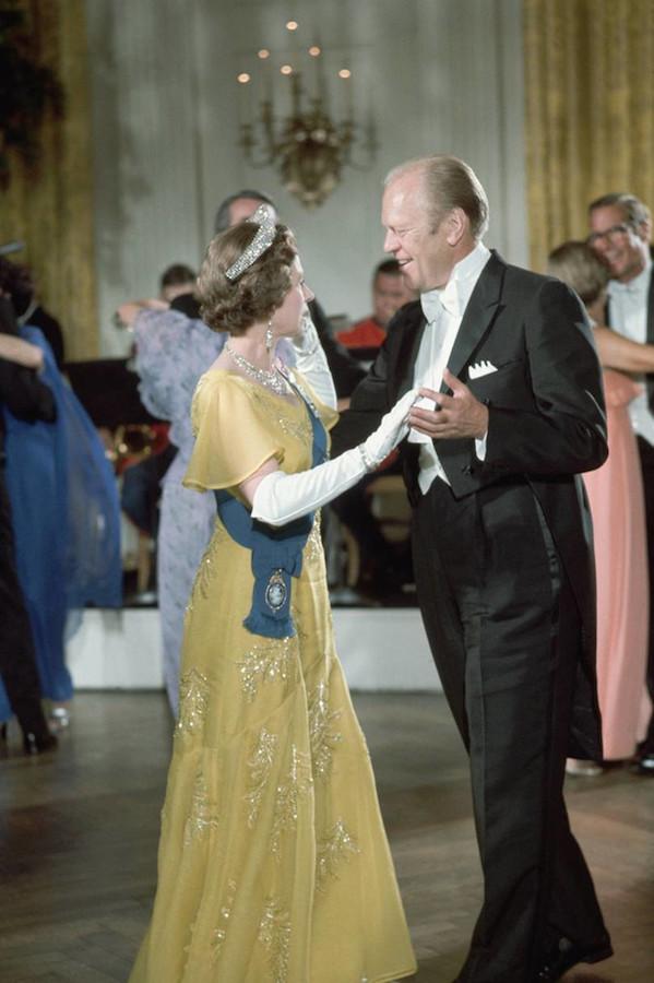 Reina Isabel II presidentes de Estados Unidos Ford