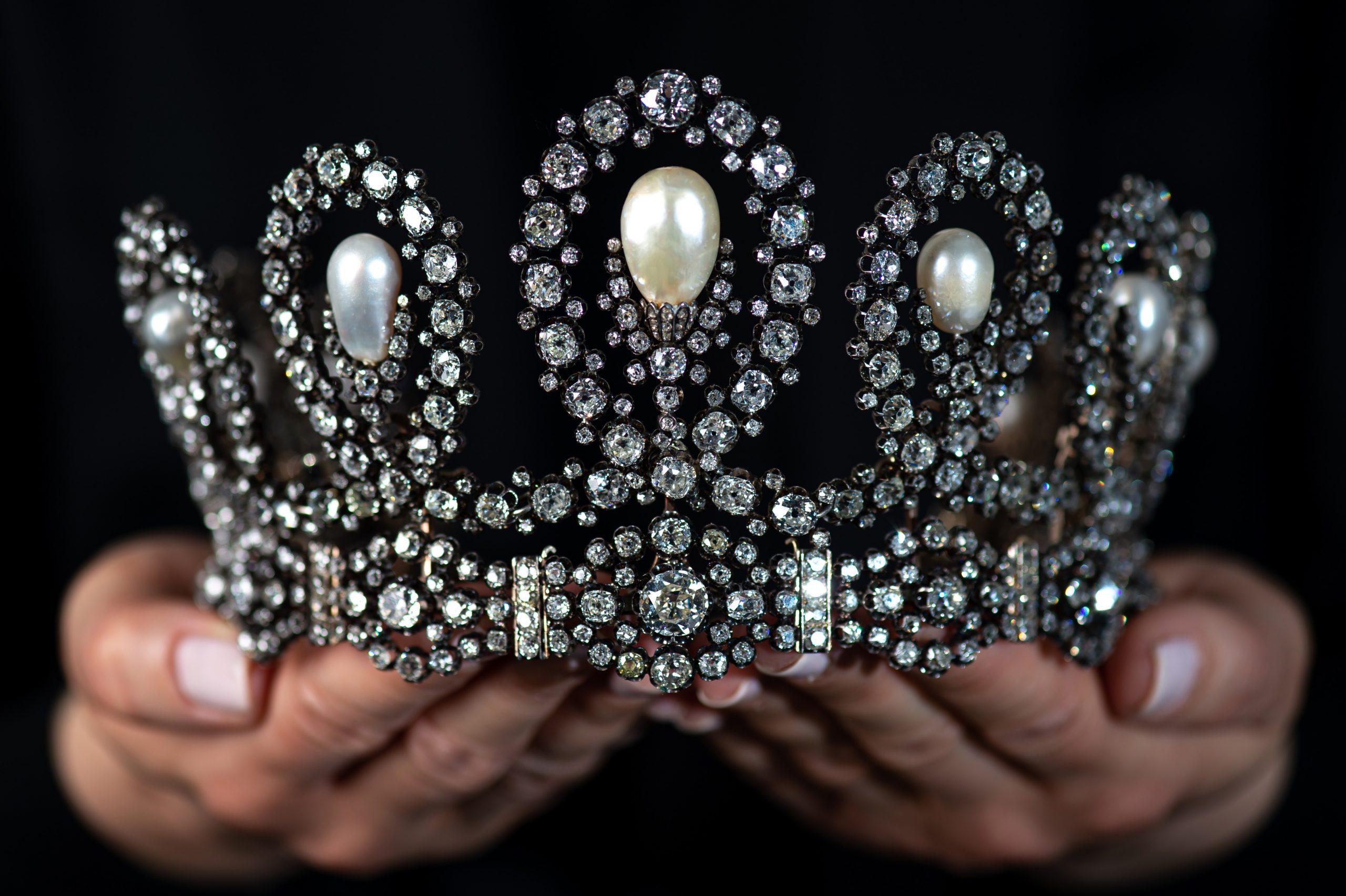 la colección de tiaras más cara del mundo